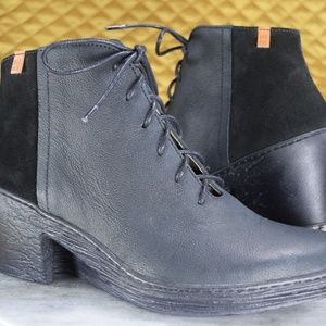 El Naturalista Black Wedge Ankle Boots Size 7 NEW